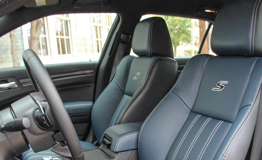 2015 Chrysler 300S - Slide 11