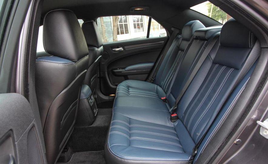 2015 Chrysler 300S - Slide 12