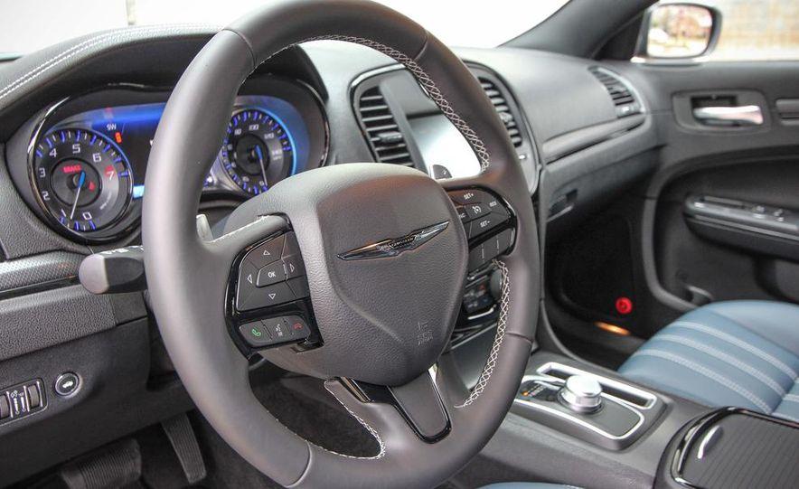 2015 Chrysler 300S - Slide 14