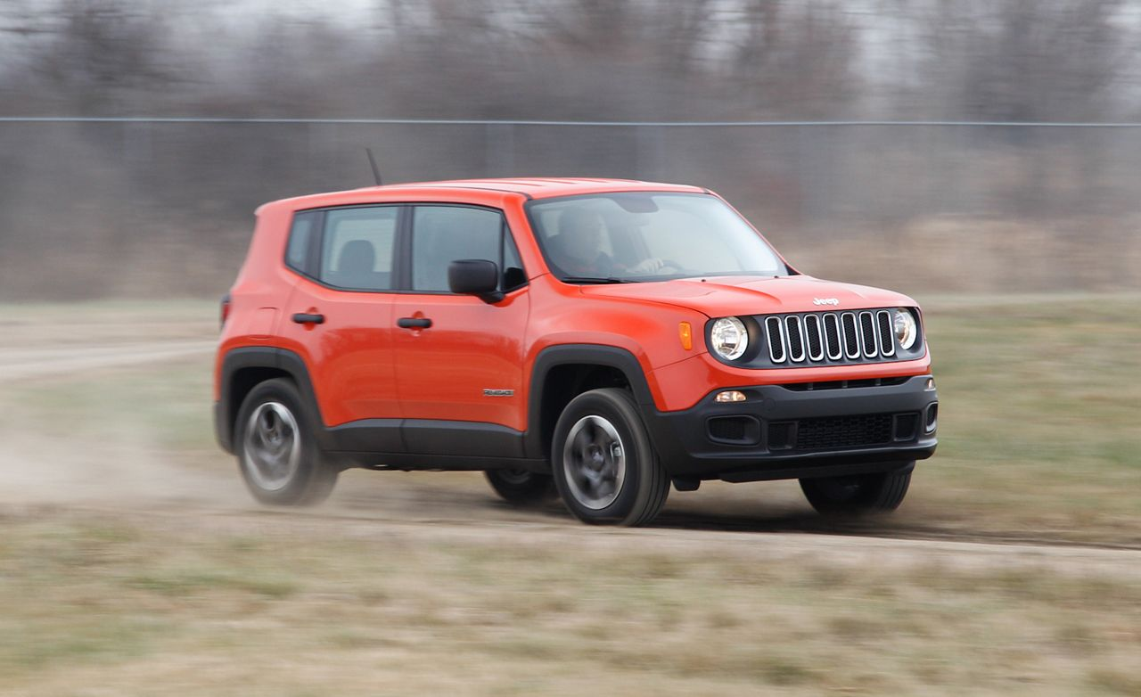 2015 jeep renegade sport 4x4 1 4t manual test review car and driver. Black Bedroom Furniture Sets. Home Design Ideas