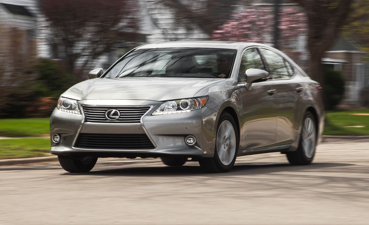Lexus F Sport >> 2015 Lexus ES350 Test | Review | Car and Driver