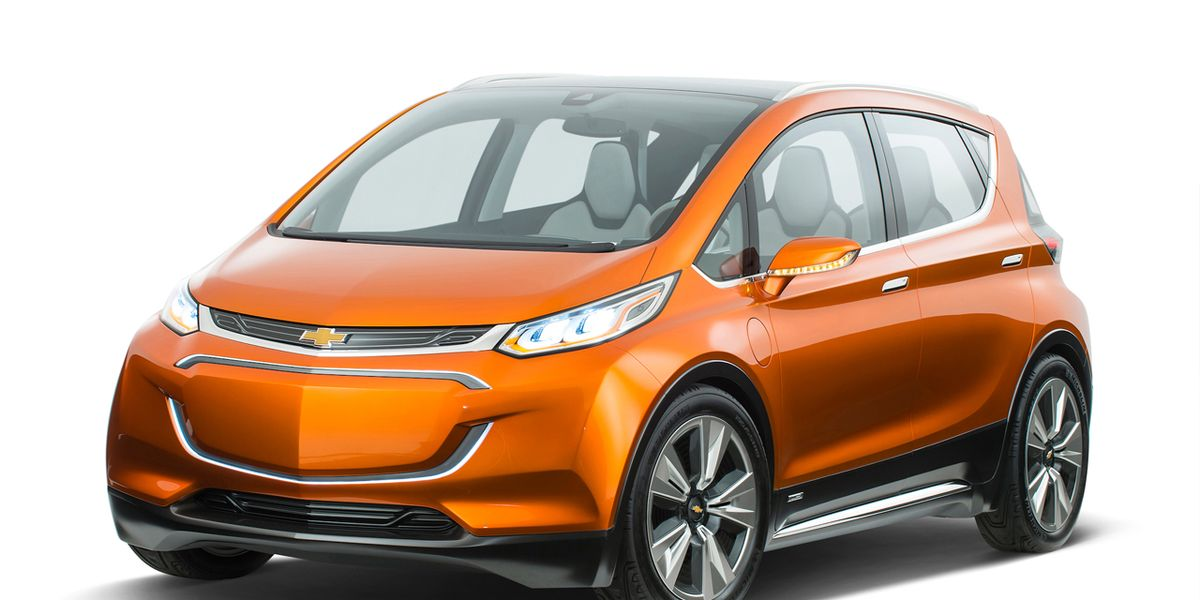 2018 chevrolet bolt 25 cars worth waiting for feature car and driver. Black Bedroom Furniture Sets. Home Design Ideas