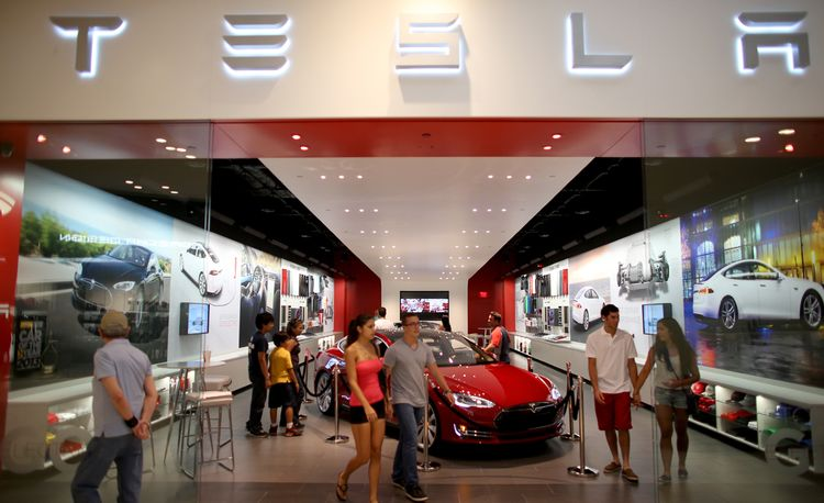 An Open Letter to Tesla, From Your Friendly Local Car Dealers