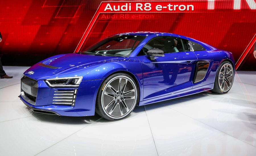 2016 audi r8 e tron photos and info news car and driver. Black Bedroom Furniture Sets. Home Design Ideas