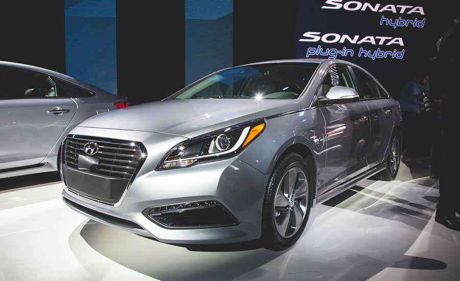 2016 Hyundai Sonata Hybrid and Plug-In Hybrid