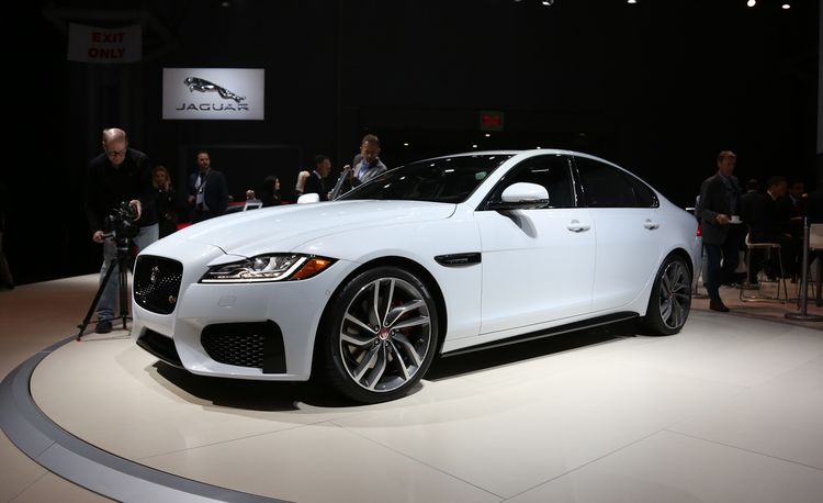 2016 Jaguar XF: Lighter in Weight and Heavier on Tech