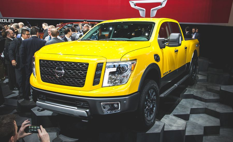 2016 nissan titan xd photos and info news car and driver. Black Bedroom Furniture Sets. Home Design Ideas