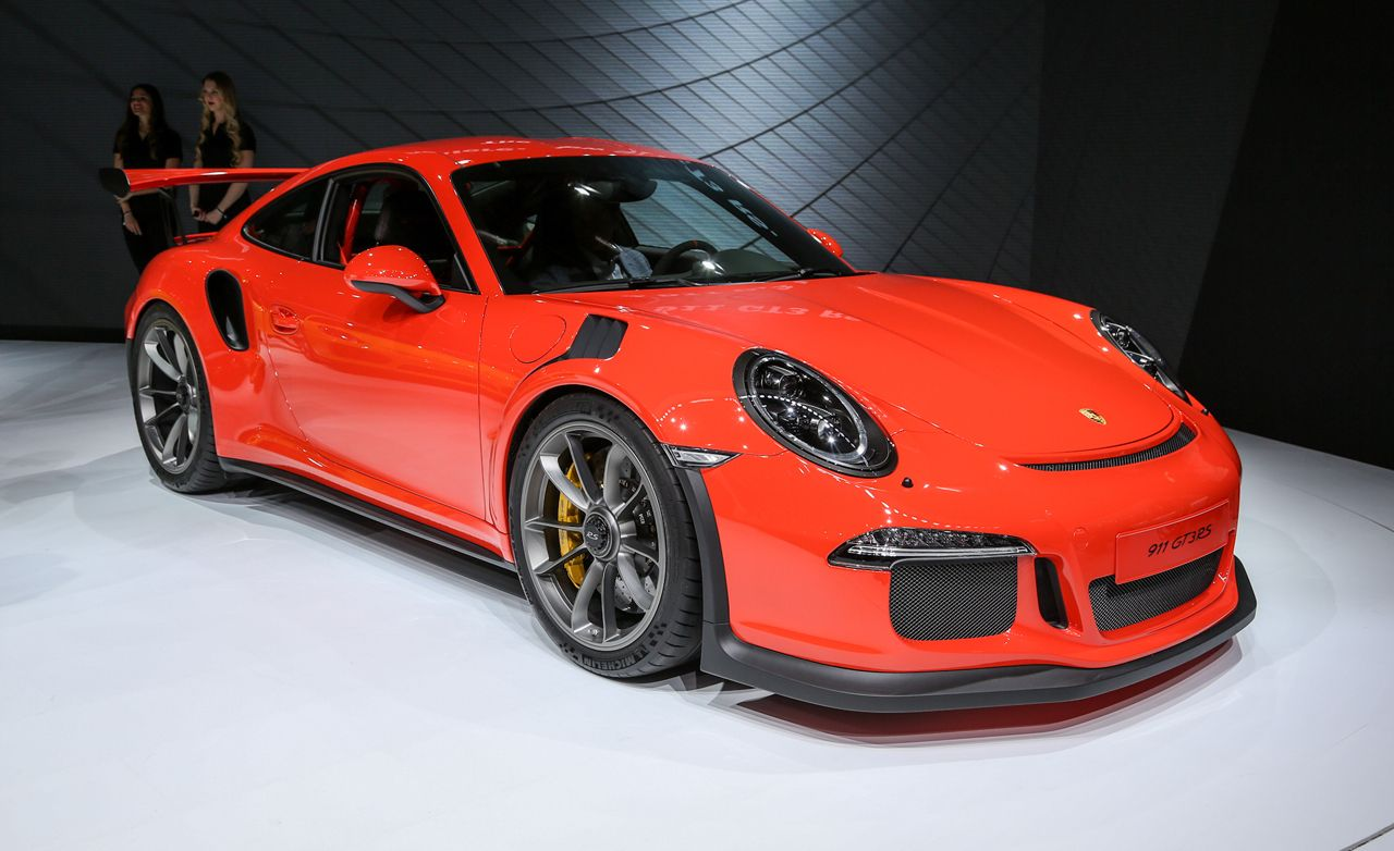 2016 porsche 911 gt3 rs photos and info news car and driver
