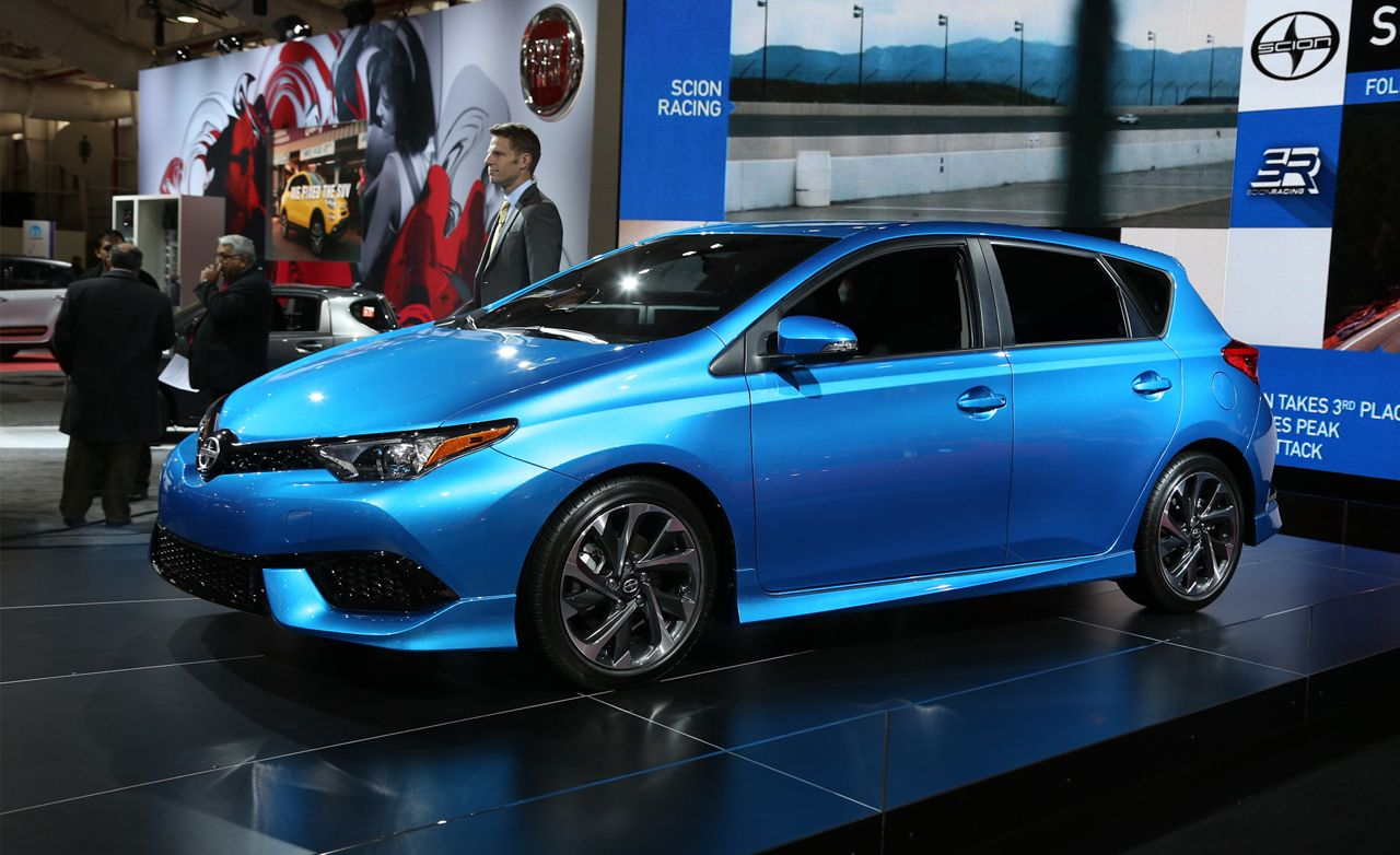 2016 Scion iM: A Fresh Five-Door Filched from Europe