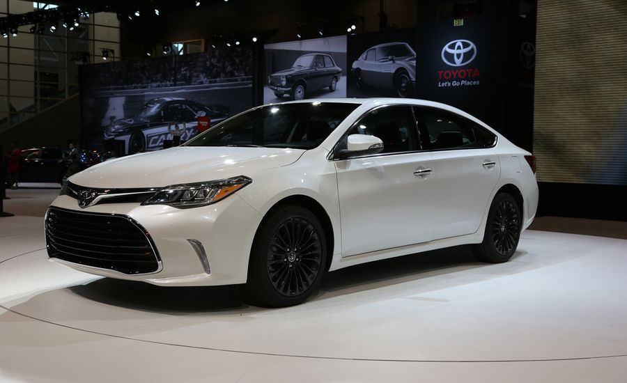 2016 toyota avalon photos and info news car and driver. Black Bedroom Furniture Sets. Home Design Ideas