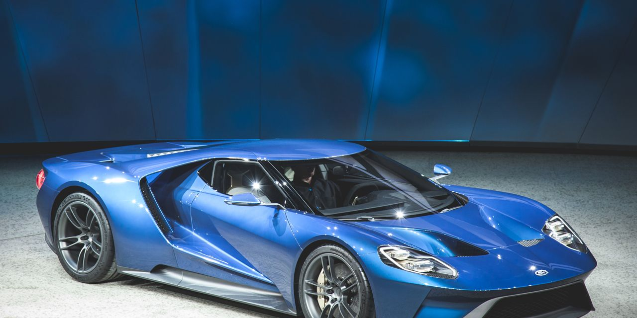 Ford Gt Official Photos And Info News Car And Driver
