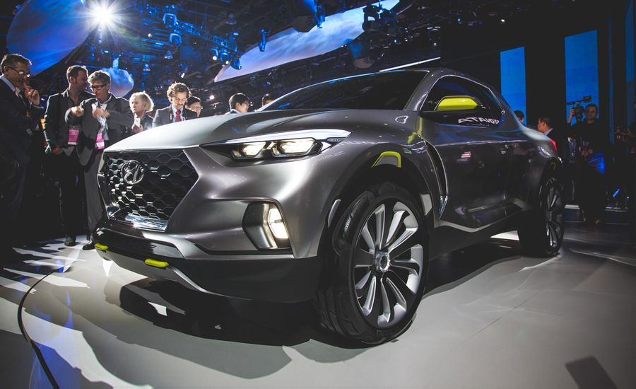 Hyundai Santa Cruz Pickup Truck Revealed DieselPowered And Super - Santa cruz car show