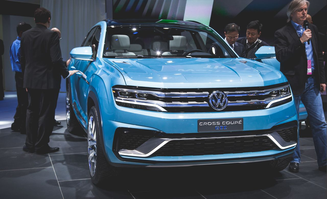 VW Cross Coupe GTE Concept Debuts, Previews New Mid-Size Three-Row SUV