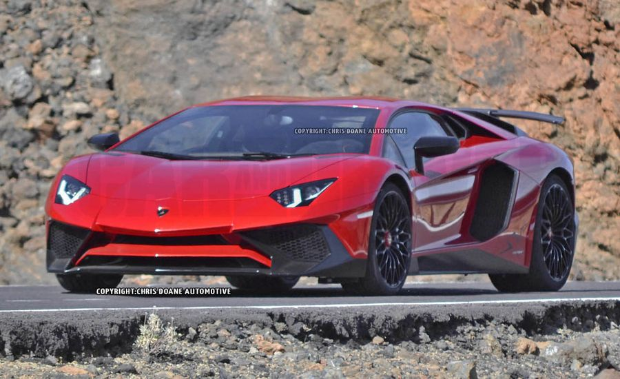 2016 Lamborghini Aventador SV Spied: The Wildest Lambo Gets Wilder