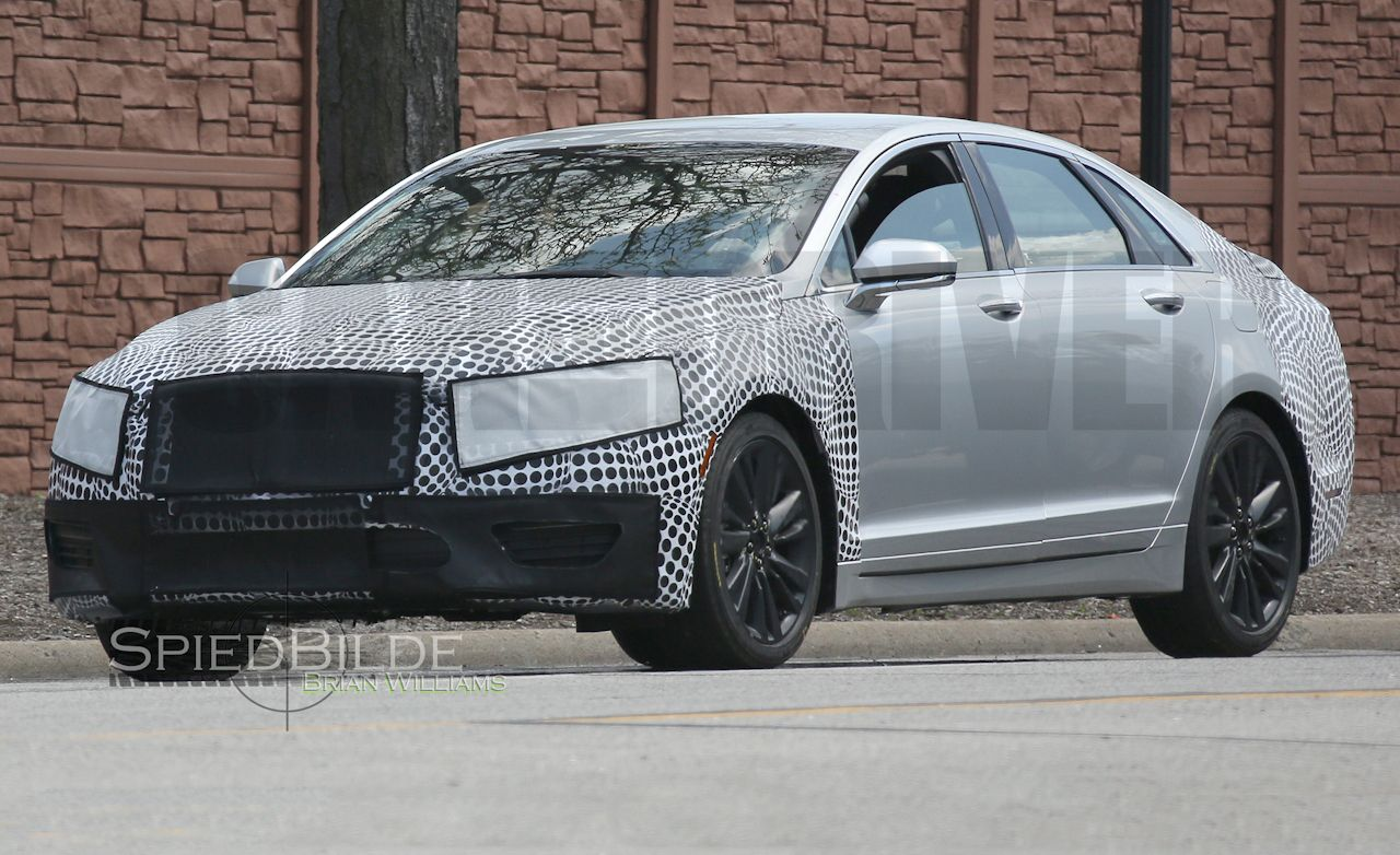 2017 Lincoln MKZ Spied: Cribbing Continental