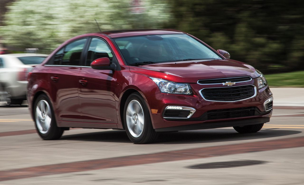 2017 Chevrolet Cruze Review Compact Sedan Chevy Turbo Car And Driver