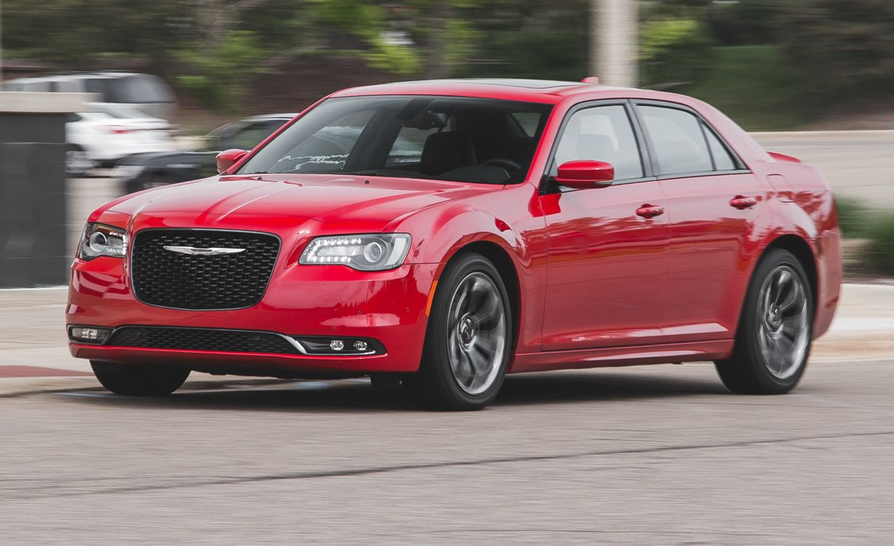Chrysler s refreshed sedan gets a new eight speed automatic transmission electric power steering and a minor refresh read the full review and see photos