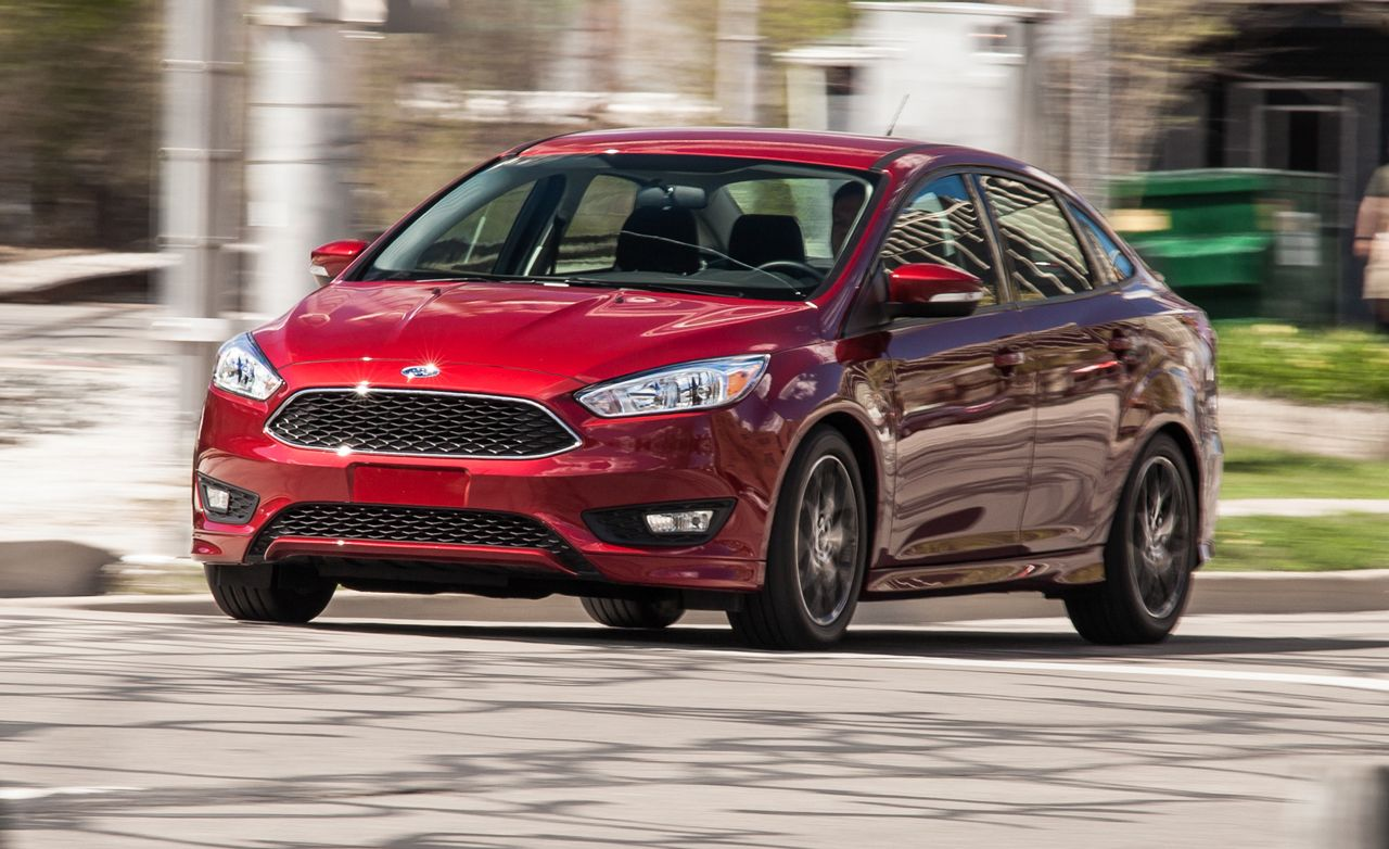 2015 ford focus se 1 0l ecoboost sedan test review car and driver