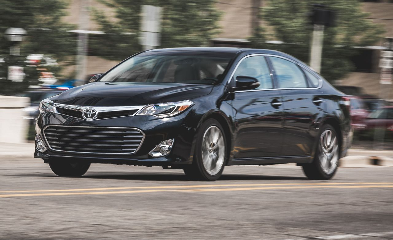 2015 Toyota Avalon Quick Take Review Car And Driver