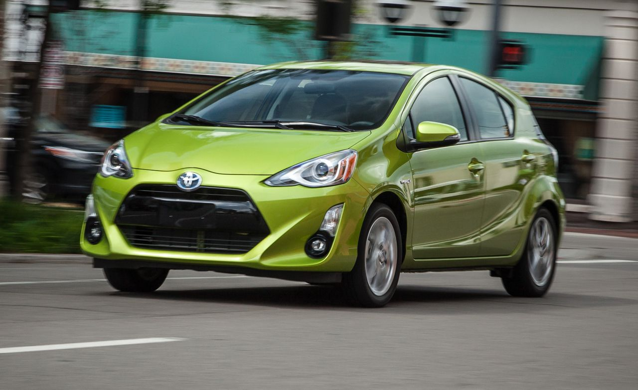 2015 Toyota Prius C Review Car And Driver