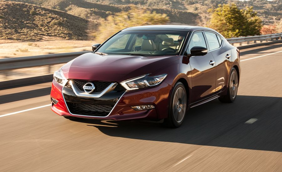 2016 nissan maxima first drive review car and driver. Black Bedroom Furniture Sets. Home Design Ideas