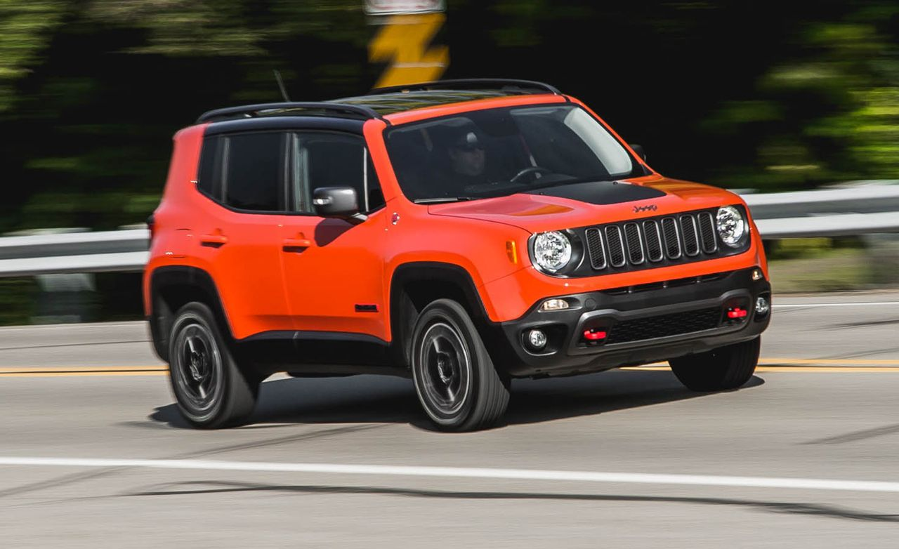 2015 jeep renegade trailhawk review car and driver. Black Bedroom Furniture Sets. Home Design Ideas