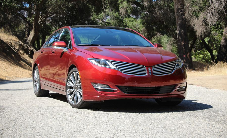 Lincoln Mkz Reviews Car And Driver
