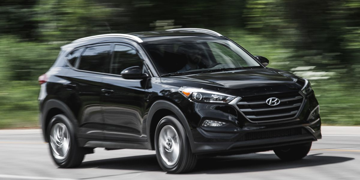 6ef5d4057e1f9 2016 Hyundai Tucson SE 2.0L FWD First Drive   8211  Review   8211  Car and  Driver