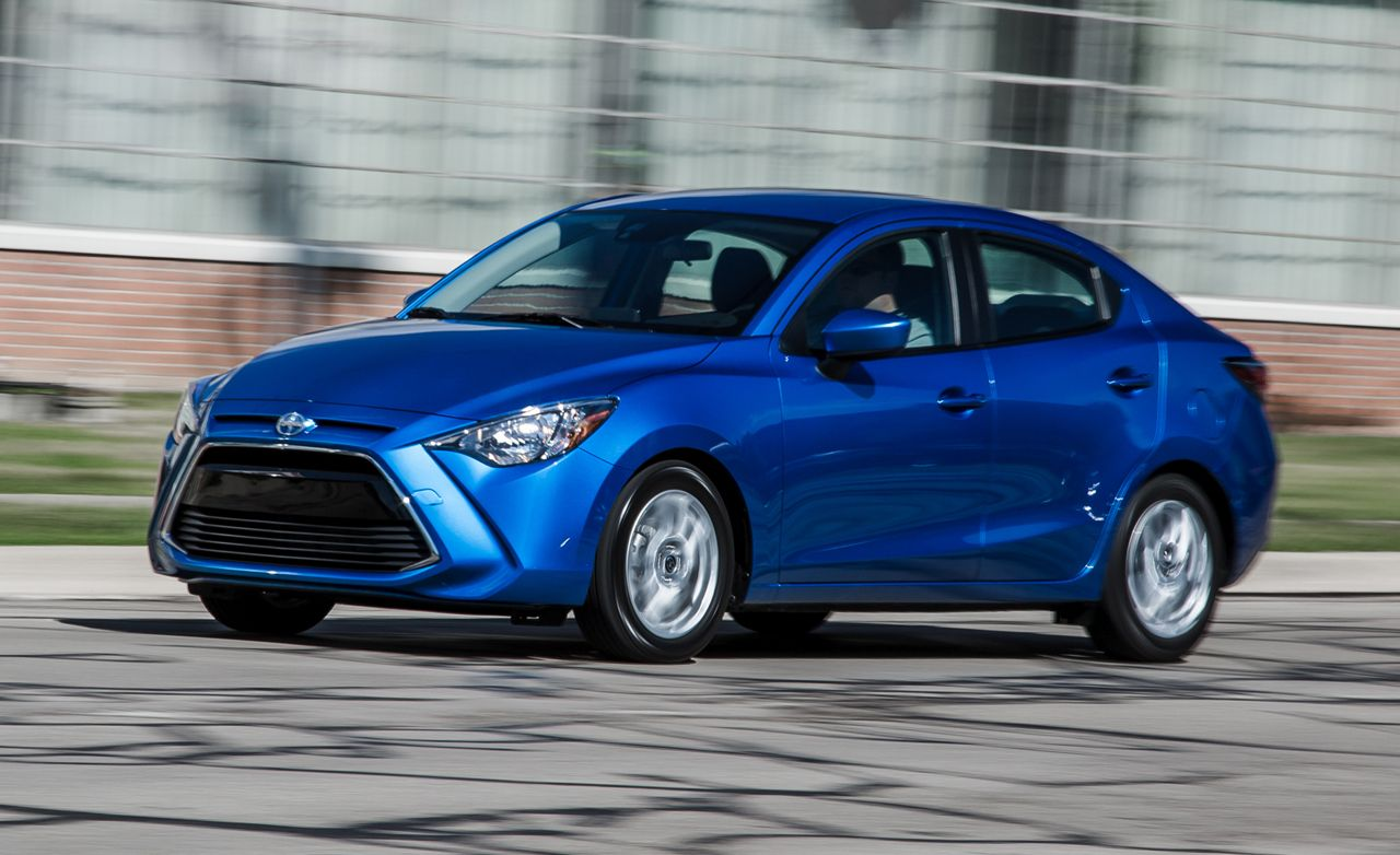 2016 Scion iA Manual