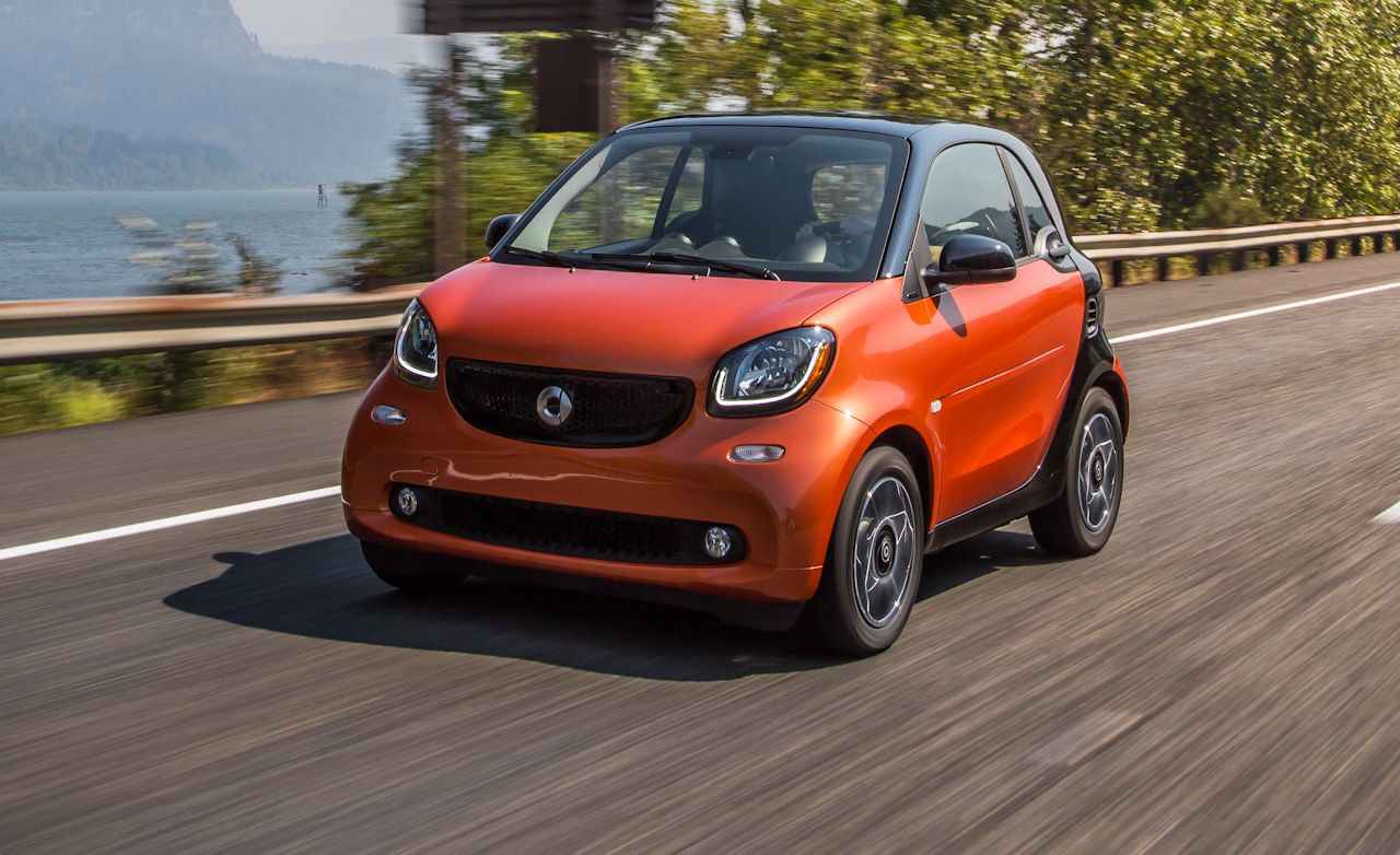 2016 Smart Fortwo Manual First Drive – Review – Car and Driver