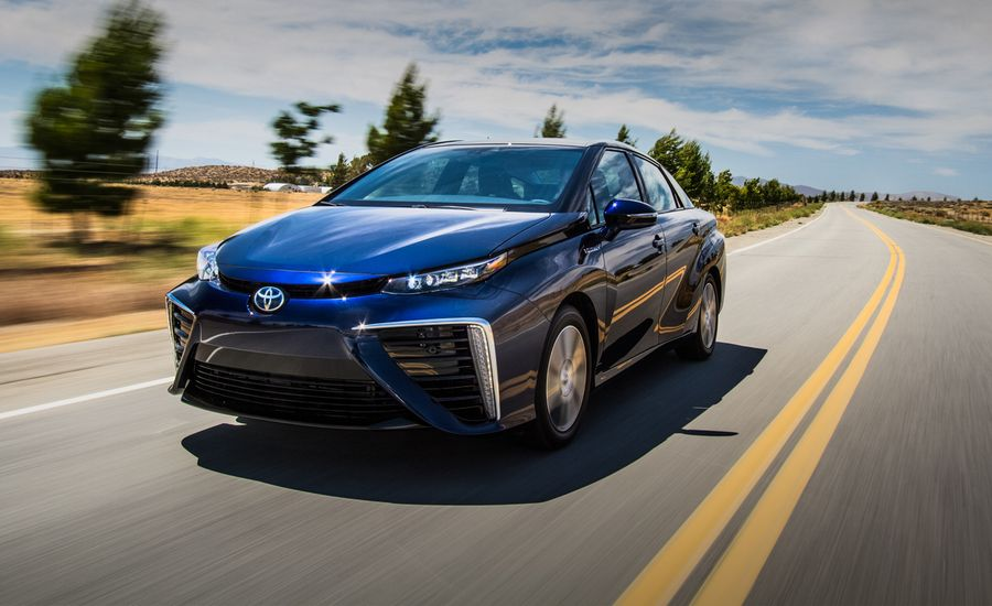 2016 Toyota Mirai Fuel-Cell Sedan