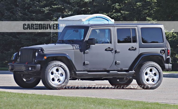 2017 Jeep Wrangler Spy Photos: We Get a Peek Underneath
