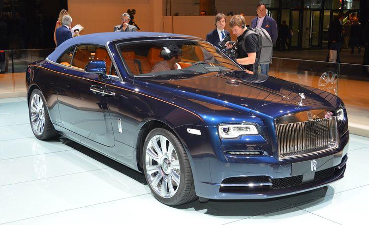 2016 Rolls-Royce Dawn: The Wraith Loses Its Head