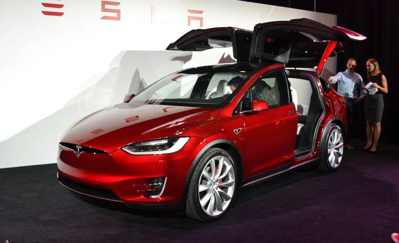 2016 Tesla Model X: Tesla's Electric Crossover Finally Spreads Its Wings