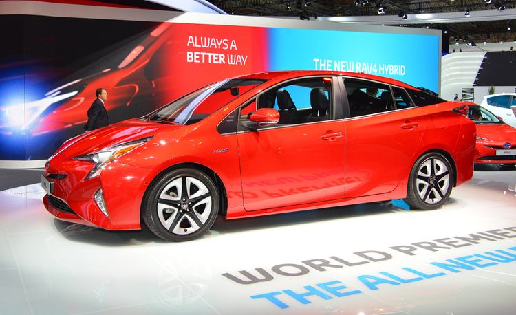 2016 Toyota Prius: The Game-Changer Is All-New