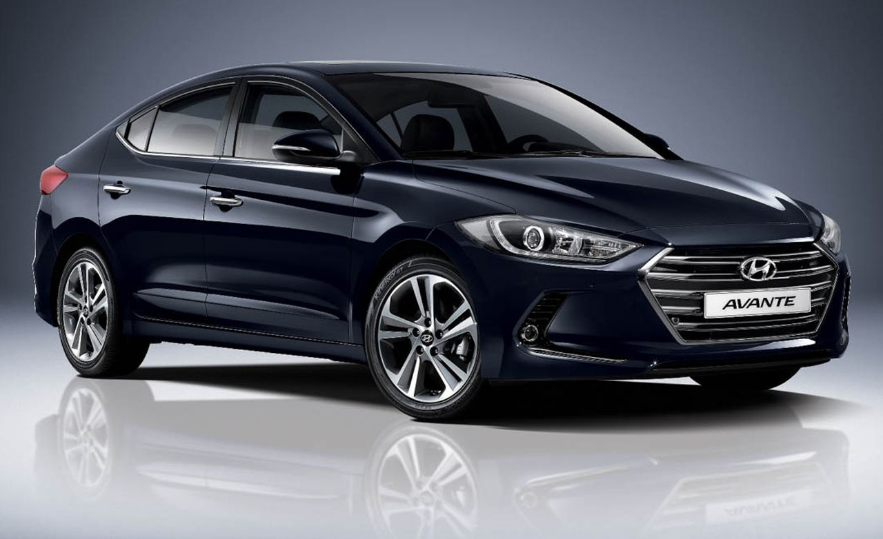 2020 Hyundai Elantra Reviews Price Photos And Specs Car Driver