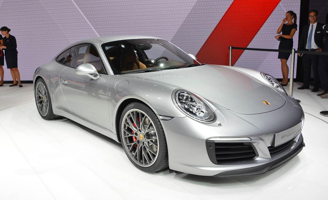 2017 Porsche 911 Carrera / Carrera S