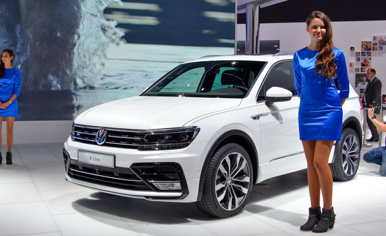 2017 volkswagen tiguan photos and info news car and driver. Black Bedroom Furniture Sets. Home Design Ideas