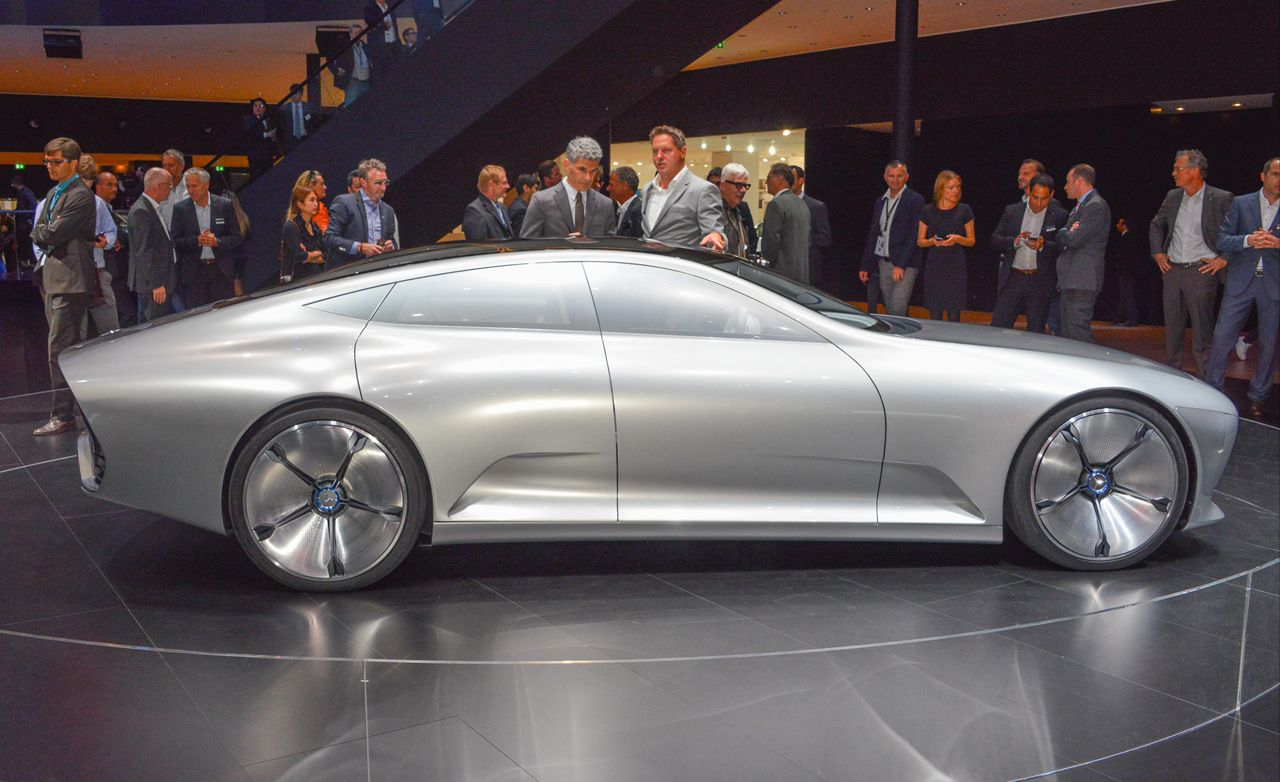 mercedes benz concept iaa revealed previews the next cls. Black Bedroom Furniture Sets. Home Design Ideas