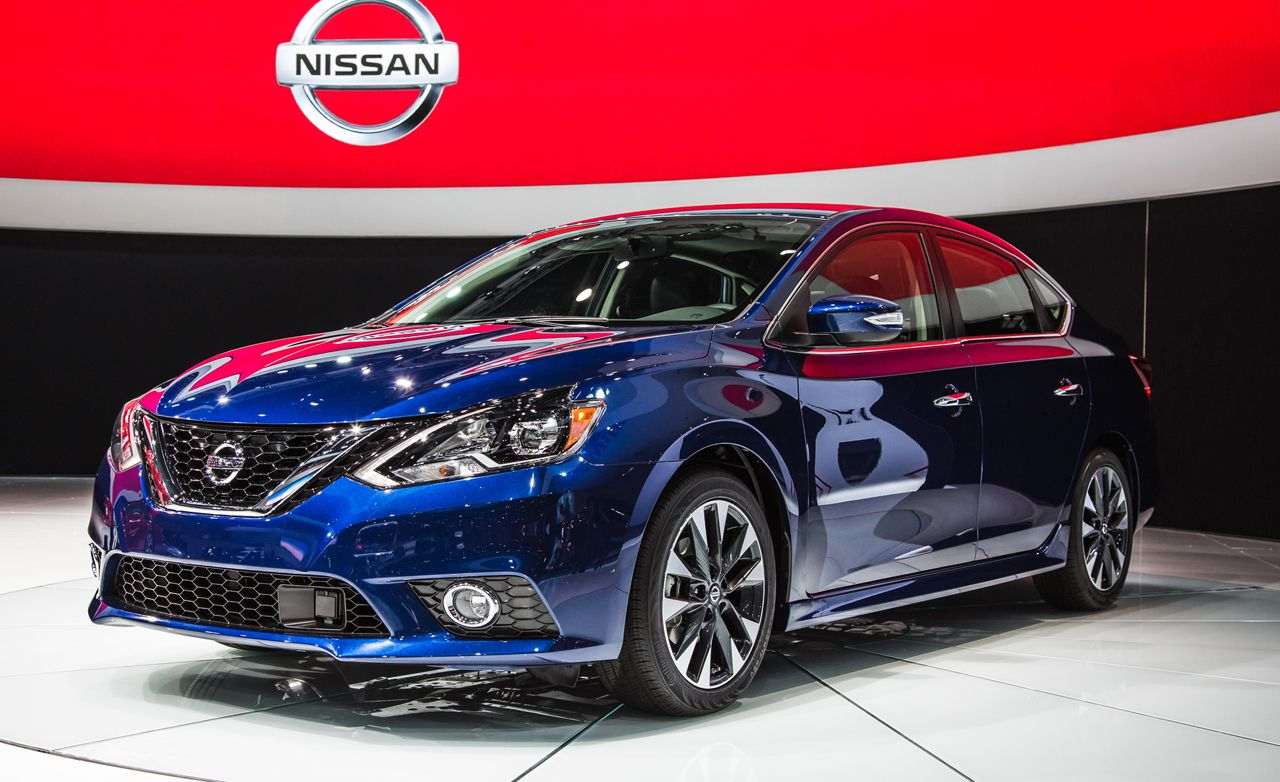 2016 Nissan Sentra: Morphing into a Mini-Maxima