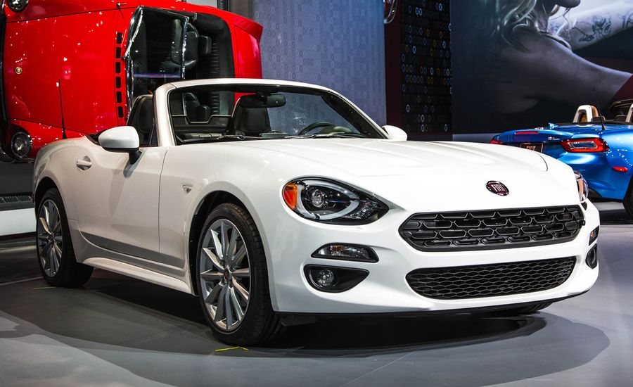 2017 fiat 124 spider photos and info news car and driver. Black Bedroom Furniture Sets. Home Design Ideas