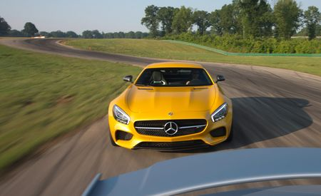 360° Virtual-Reality Video: 2016 Mercedes-AMG GT S at Lightning Lap 2015