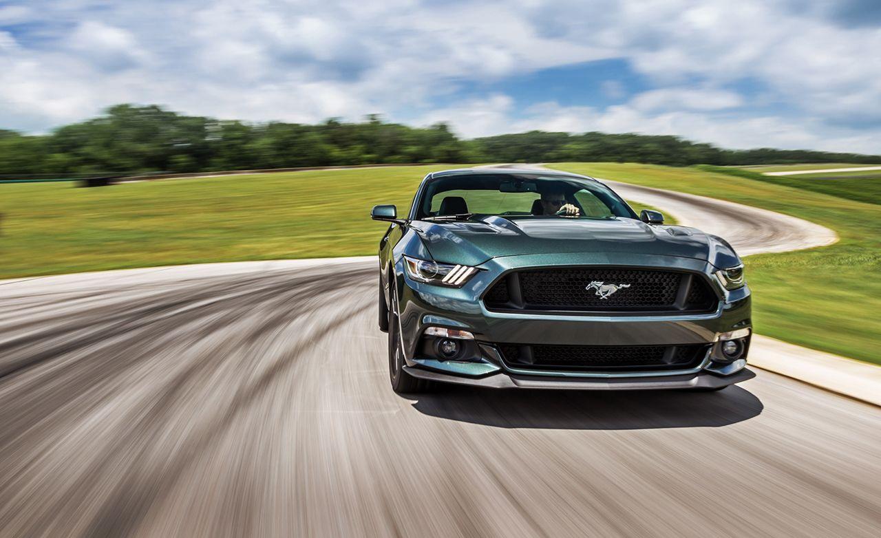 Lightning Lap 2015: 2015 Ford Mustang GT