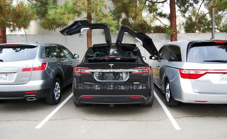 Has Tesla Sunk Itself With the Model X?