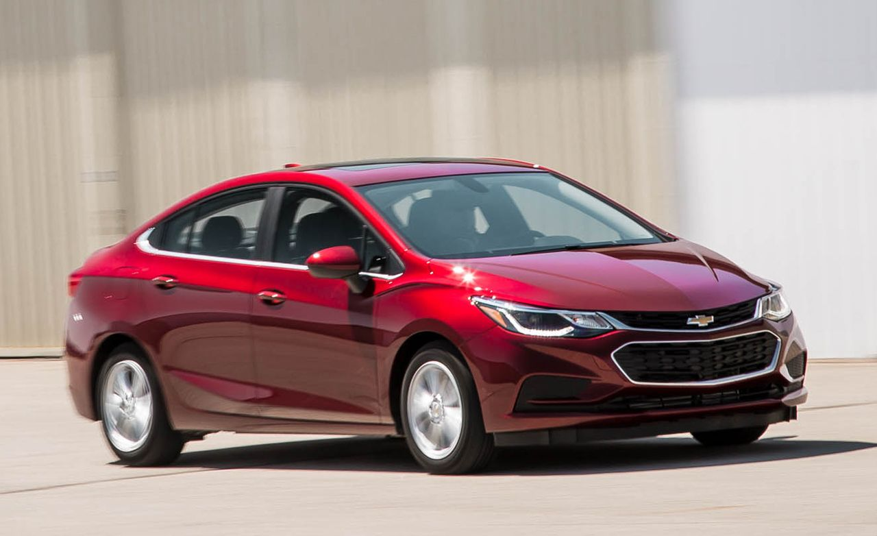 2016 Chevrolet Cruze 1 4t Automatic Review Car And Driver