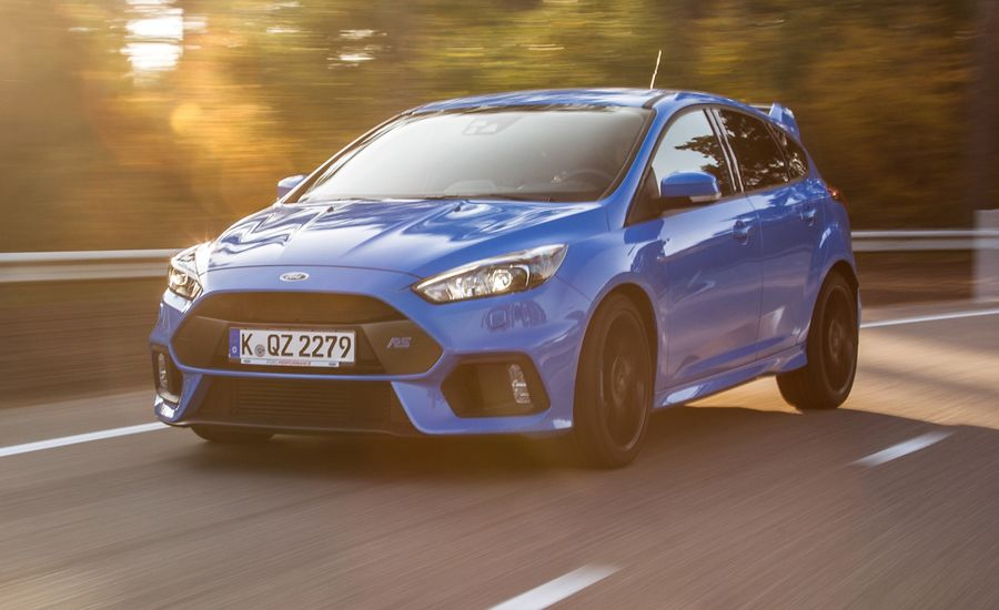 2016 Ford Focus Rs First Drive Review Car And Driver