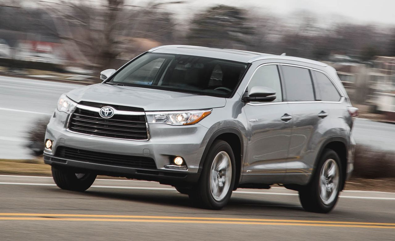2016 toyota highlander review car and driver. Black Bedroom Furniture Sets. Home Design Ideas