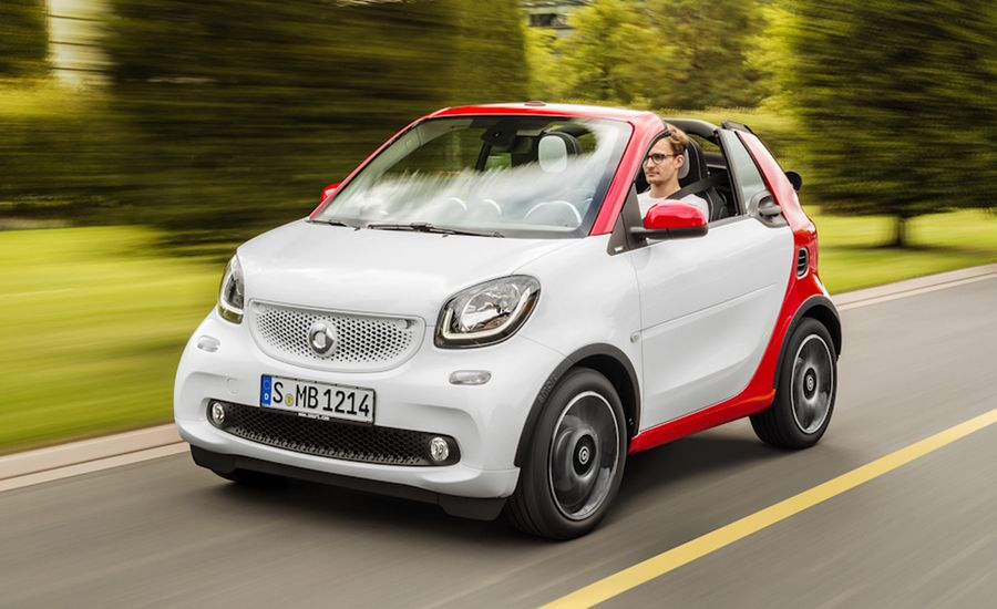 2017 Smart Fortwo Cabriolet First Drive Review Car And Driver