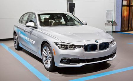 2017 BMW 330e iPerformance: The 3-series Plug-in Hybrid Is Here