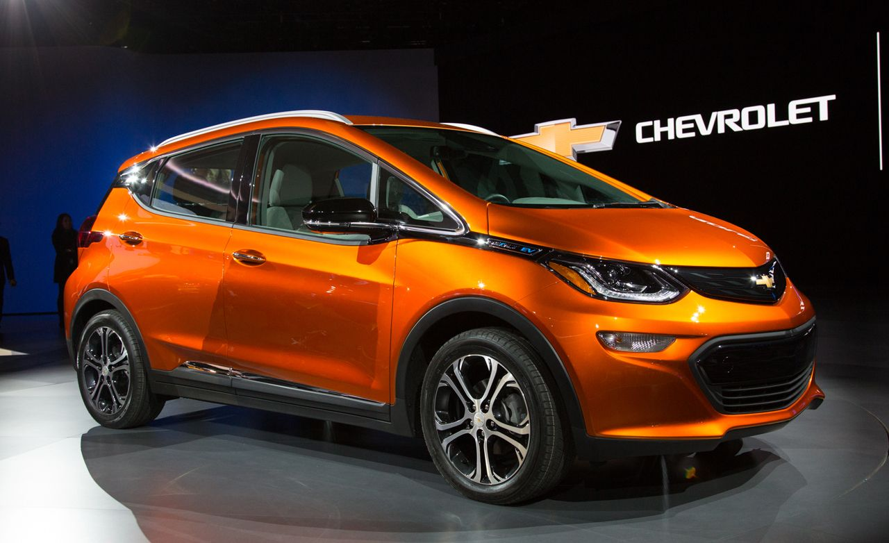 Federal Ev Tax Credit >> 2017 Chevrolet Bolt EV Photos and Info | News | Car and Driver